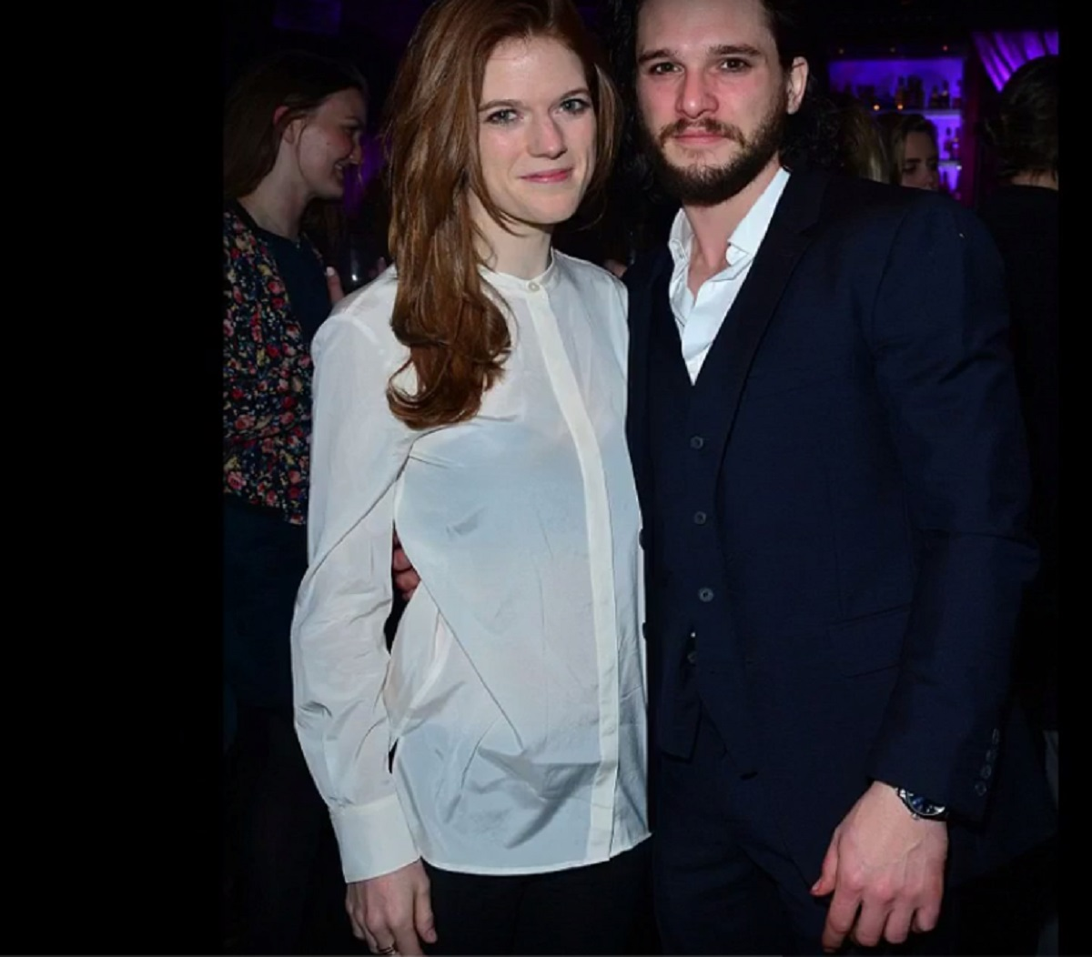 kit harington and rose leslie dating 2016 Kit harington dating history, 2018 kit harington and rose leslie got engaged in mar 2016 are kit and emilia clarke dating.