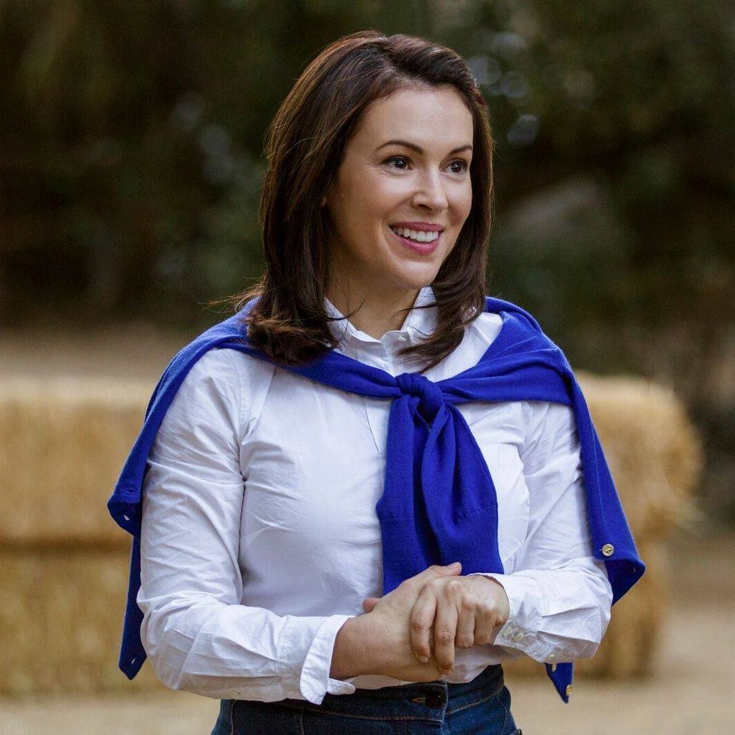 Alyssa Milano instigates sexual harassment protest #MeToo online