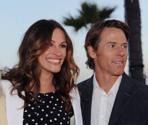 Julia Roberts and Her Husband Are the Cutest Couple at Oprah's Brunch