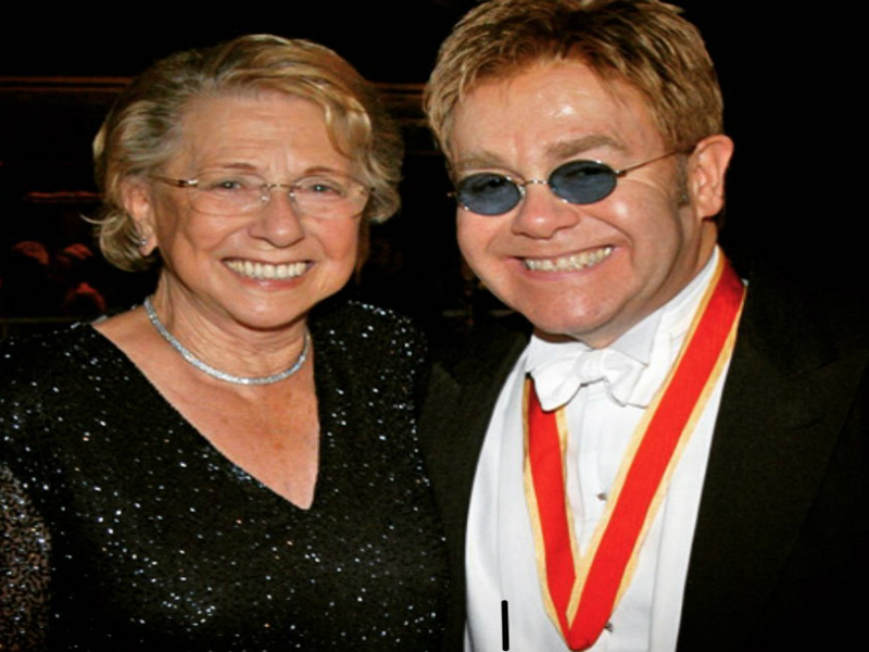 Elton John Mourns the Death of His Mum:
