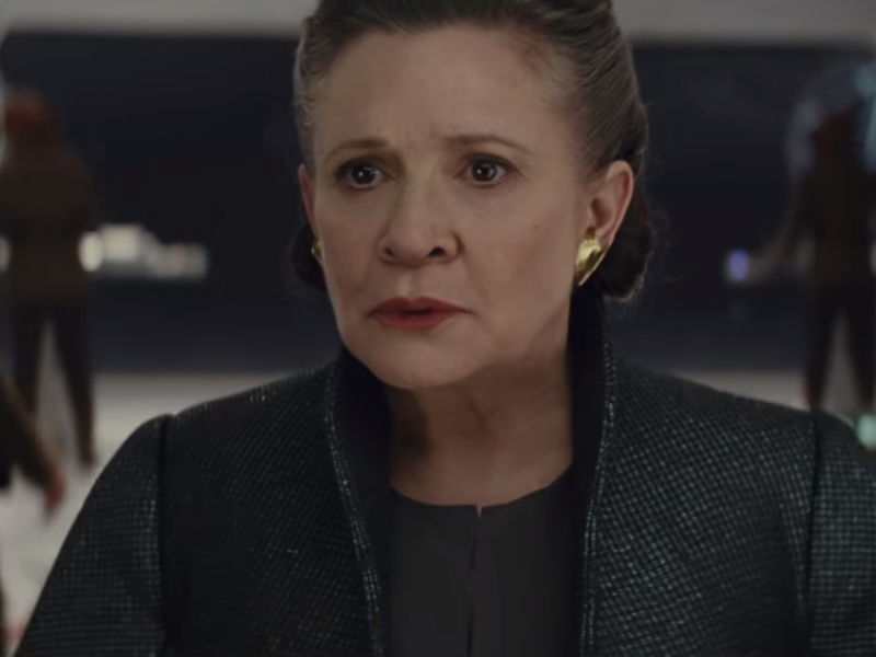 Carrie Fisher's French Bulldog, Gary, Has A Cameo In The Last Jedi
