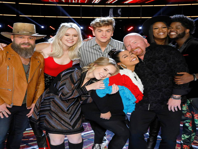'Voice' semifinals pairs Chloe Kohanski with Noah Mac