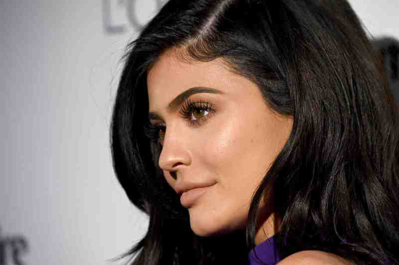People can't get over the price of Kylie's new makeup brushes