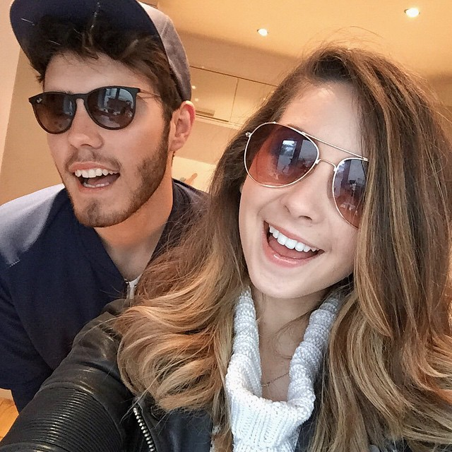 are zoe and alfie dating yahoo Kat meow icons | hi i'm kat, like the animal but not really you'll find me dreaming in the stars here's some things i like the flash blue procrastina.